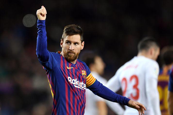 Lionel Messi fagnar væntanlega nýjustu tíðindum.