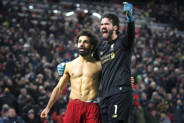 Alisson lagði upp mark Mohamed Salah og fagnaði því síðan með því að hlaupa upp allan völlinn til að fagna.