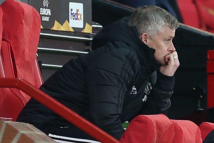 Ole Gunnar Solskjær, knattspyrnustjóri Manchester United, vildi fá víti á móti Chelsea í gær. Hann hefur áhyggjur af því að dómarar séu farnir að hugsa sig tvisvar um áður en þeir gefa United liðinu vítaspynu.