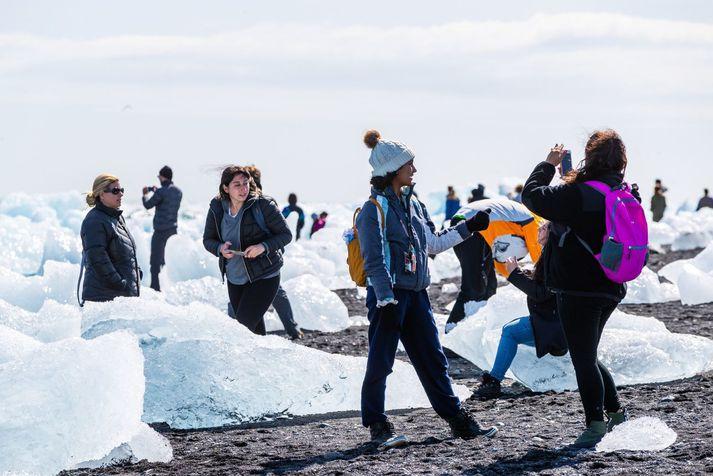 Stefnt er að því að opna landið fyrir ferðamönnum þann 15. júní næstkomandi.