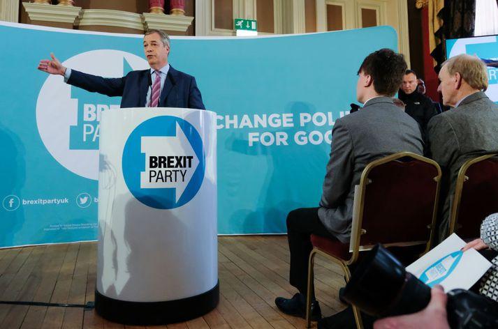 Nigel Farage býður sig ekki fram sjálfur í kosningunum.