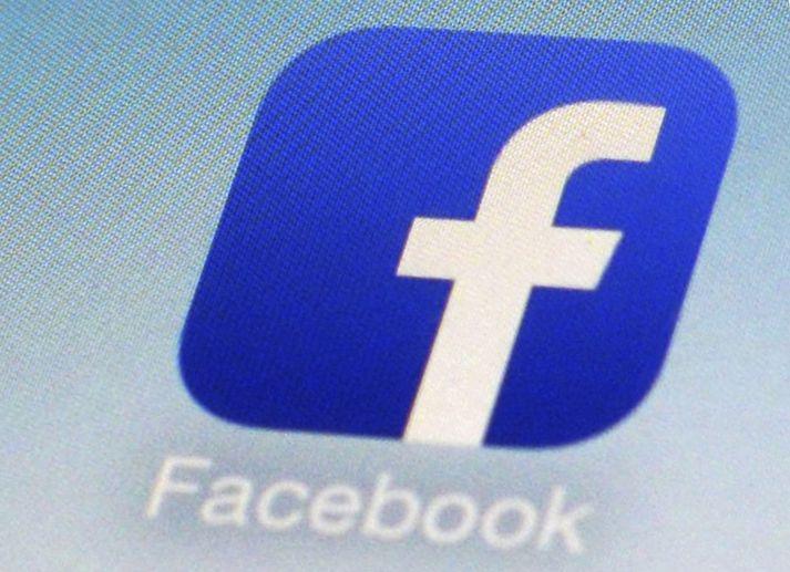 Facebook hefur beðist afsökunar á málinu.