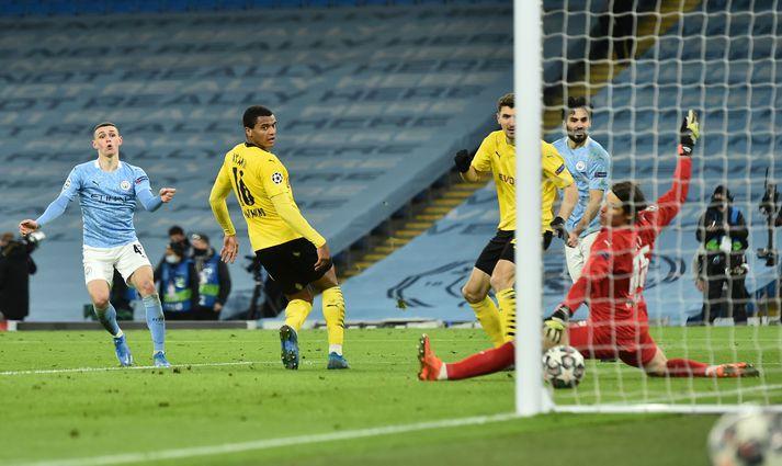 Phil Foden tryggði Manchester City sigur á Borussia Dortmund í kvöld.