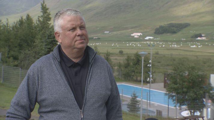 Snorri Finnlaugsson, sveitarstjóri Hörgársveitar. Skrifstofa sveitarfélagsins er í Þelamerkurskóla.