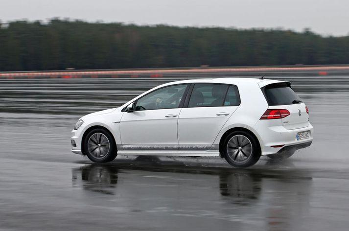 Volkswagen Golf MHEV í prufum.