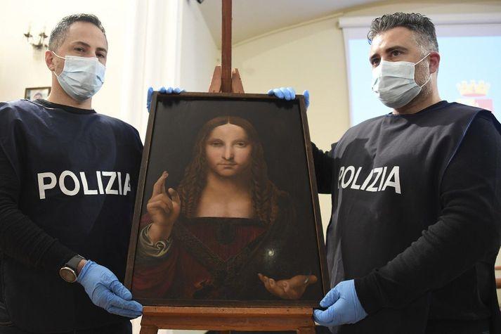 Talið er að nemandi Leonardo da Vinci hafi teiknað þessa mynd eftir upprunalegu málverki da Vinci í upphafi sextándu aldar.