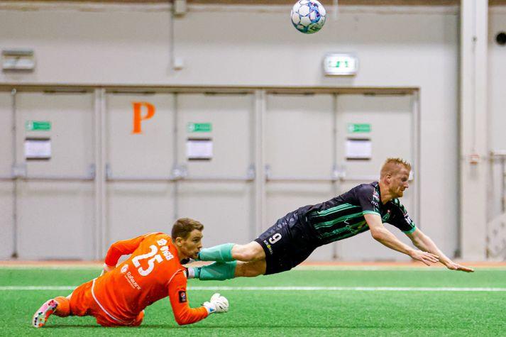 Thomas Mikkelsen skoraði úr víti gegn HK.