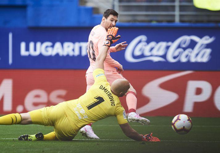 Messi jafnar í 1-1.