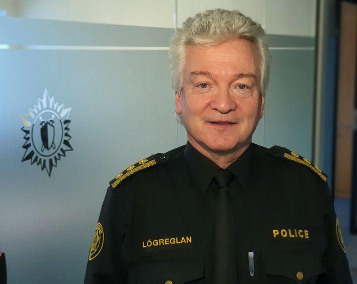 Ólafur Helgi Kjartansson, lögreglustjórinn á suðurnesjum, segir manninn hafa verið ógnandi.