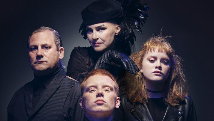 Með aðalhlutverk í söngleiknum fara Ragga Gísladóttir, Björn Jörundur, Laddi, Króli og Katla Njálsdóttir.
