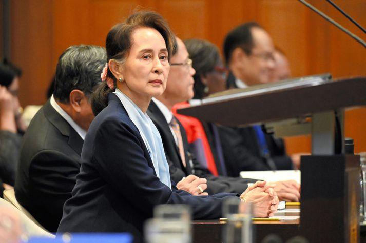 Aung San Suu Kyi, leiðtogi Mjanmar, hlaut Friðarverðlaun Nóbels árið 1991 fyrir mannréttindabaráttu sína í landinu.