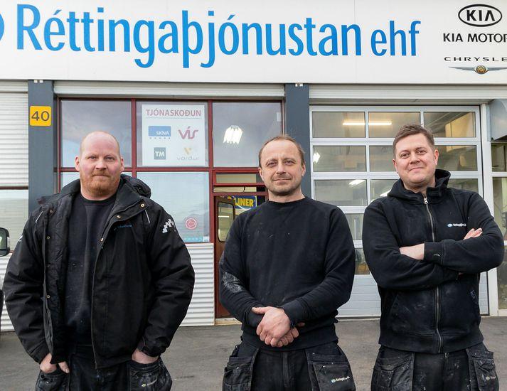 Eigendur Réttingaþjónustunnar ehf., fv.: Eiríkur Eyfjörð Benediktsson, Ágúst Andri Eiríksson og Árni Jóhann Elfar.