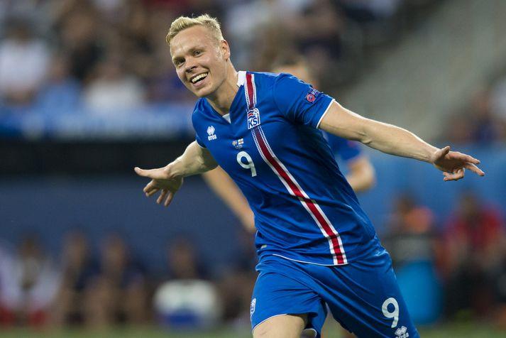 Kolbeinn Sigþórsson fagnar marki með íslenska landsliðinu á EM 2016.