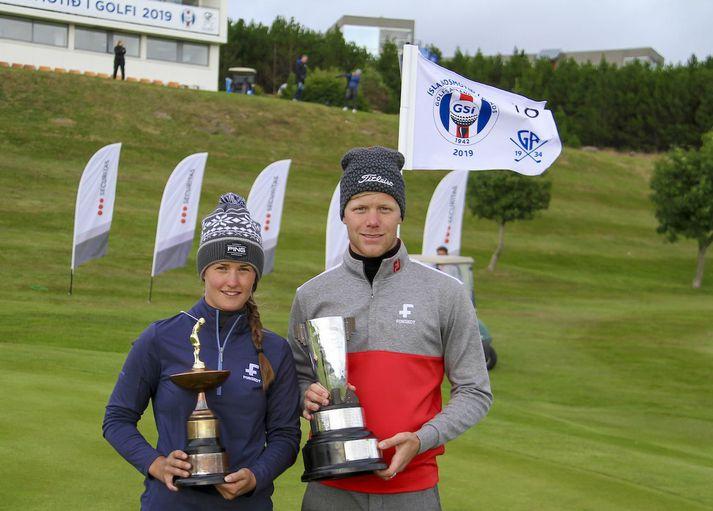 Guðrún Brá Björgvinsdóttir og Guðmundur Ágúst Kristjánsson eru ríkjandi Íslandsmeistarar í golfi.