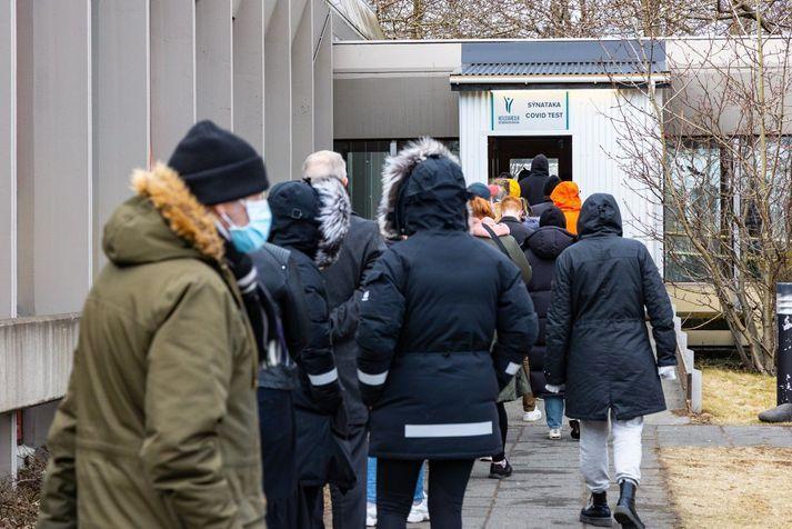 36.376 eru nú fullbólusettir hér á landi og er bólusetning hafin hjá 73.823 til viðbótar.