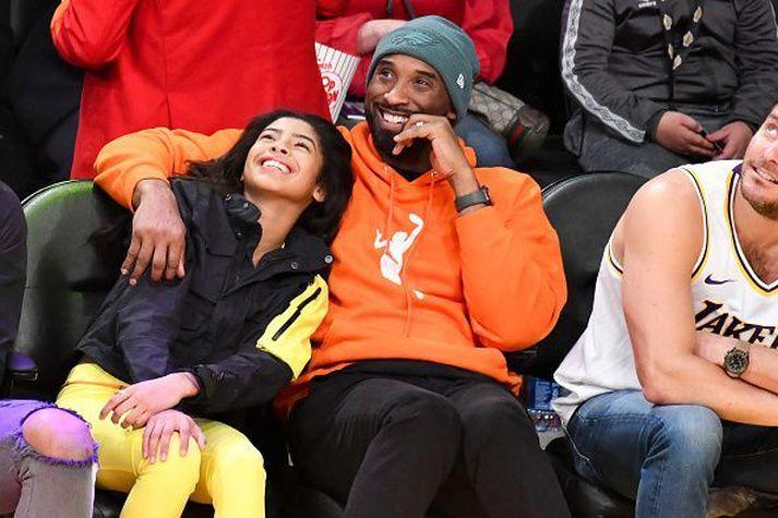 Kobe Bryant og dóttir hans Gianna létust í slysinu.