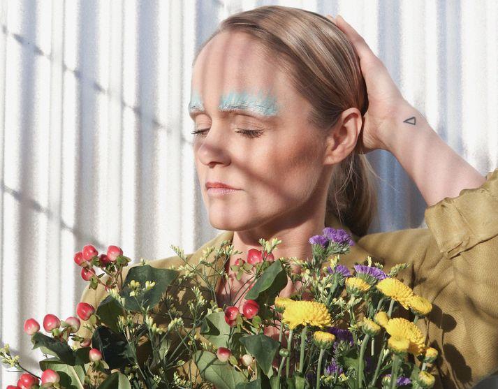 Tónlistarkonan Lára Rúnars hefur gefið út sex sólóplötur.
