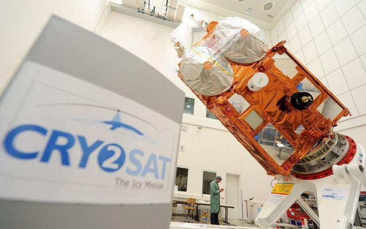 CryoSat-2, evrópska gervitunglið, ári áður en því var skotið á loft árið 2010.