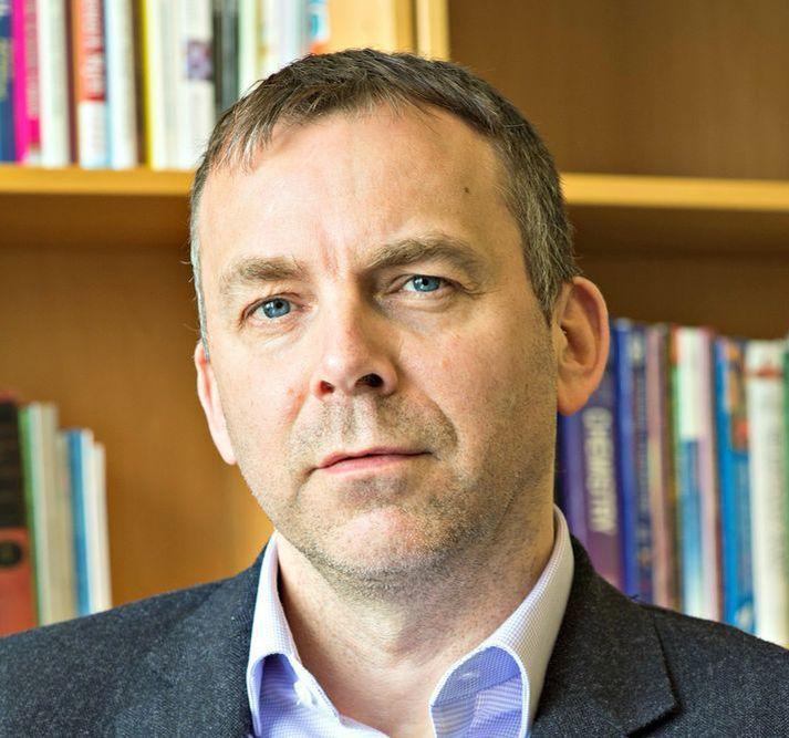 Jón Pétur Zimsen hefur mikla reynslu í skólastjórn úr Réttarholtsskóla.