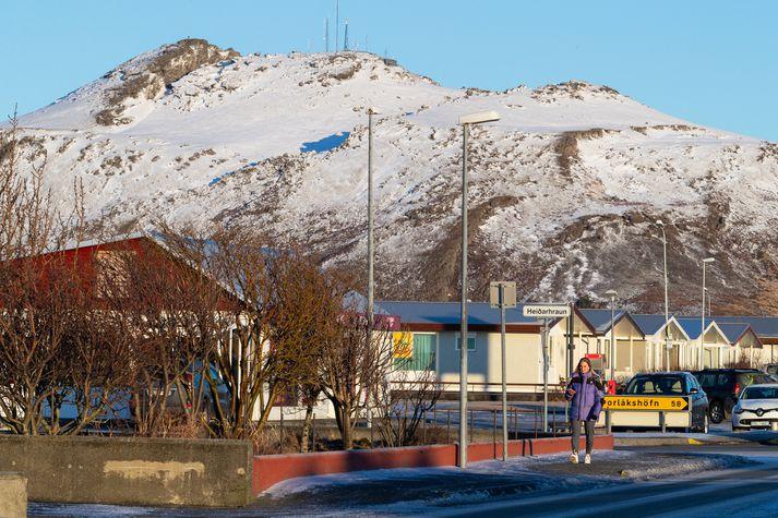 Frá Grindavík en óvissustigs hefur verið lýst yfir vegna óvenjulegs landriss í grennd við bæinn.