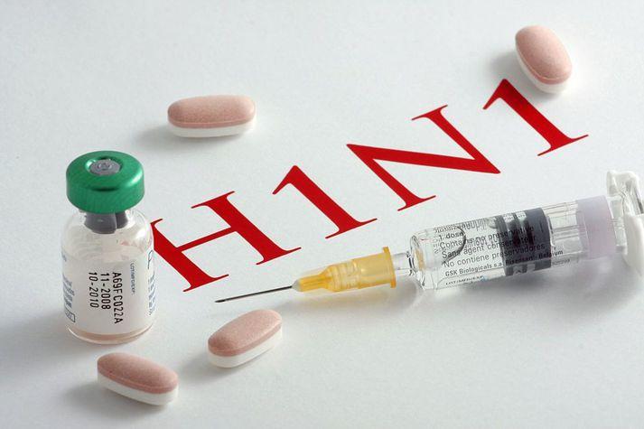 Faraldur H1N1-inflúensuveiru, þekkt sem svínaflensan, skall á heimsbyggðina 2009 og 2010.