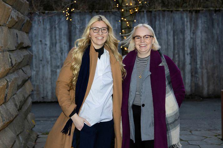 Alda Karen Hjaltalín og Silja Björk Björnsdóttir skrifuðu saman bókina Lífsbiblían.