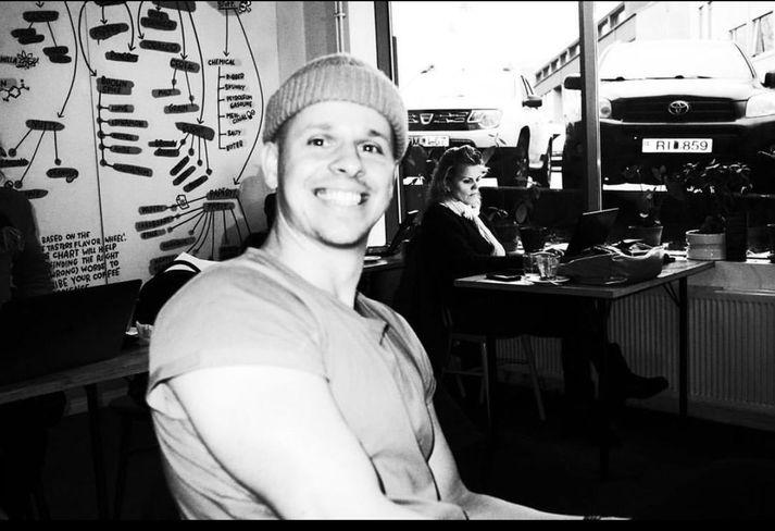 Pálmi Ragnar Ásgeirsson er einn vinsælasti pródúsent landsins og rekur einnig útgáfufyrirtækið Rok Records
