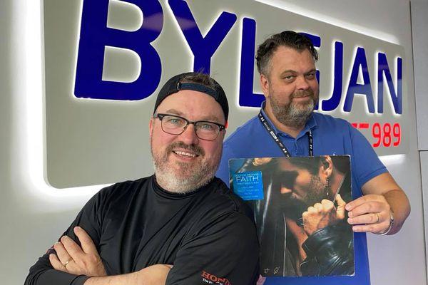 Helgin með Braga - Fyrsta sólóplata George Michael byrjar á stefi úr lagi með Wham!