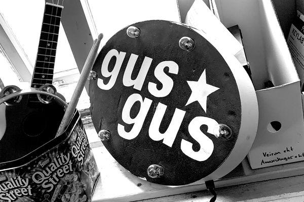 Tár, bros og takkasnúningur: GusGus á tveggja klukkutíma trúnó